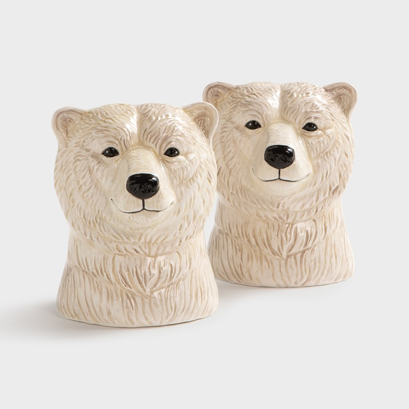 Salt & pepper polar bear